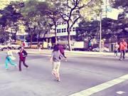 Watch free video Dancing in the City - Belo Horizonte