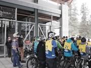 Mira dibujos animados gratis DH winter bike race | Alyeska Resort