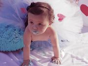 Watch free video Happy Baby - Smash the Cake by Mariana