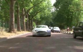 Watch free video Test : Aston Martin AM400