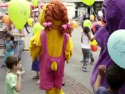 Watch free video Ronald McDonald – Car Wash Day 2015