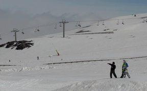 Watch free video Marko Fernandez snow bike