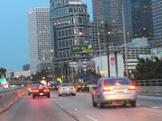 Mira el vídeo gratis de Cars Everywhere