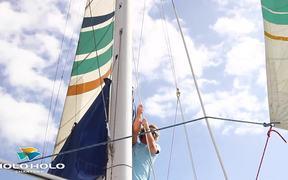 Watch free video Napali Snorkel Sail