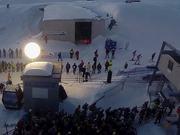 無料アニメのAdamello Ski Raid 2015を見る