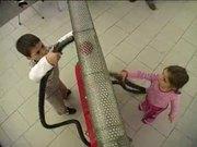 צפו בסרטון מצויר בחינם Vacuum Vault - Sensation Science Centre Dundee