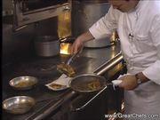 Mira el vídeo gratis de Sauteed Soft Shell Crab with Polenta