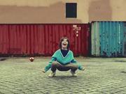 Vodafone Commercial: Ball