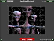 Alien Contact Jigsaw لعبة