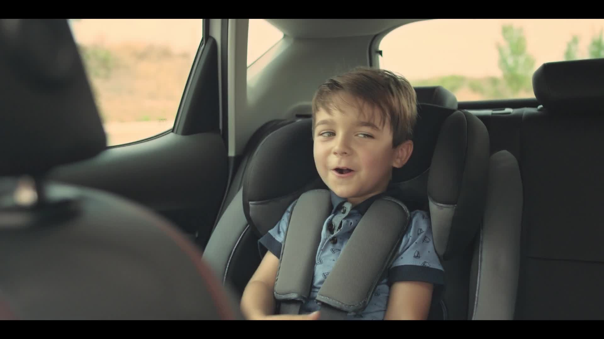 Watch free video SEAT Leon Commercial: To the Right