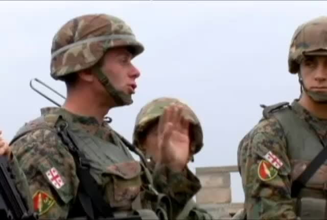 Mira dibujos animados gratis European-based Marines Team up with Airmen