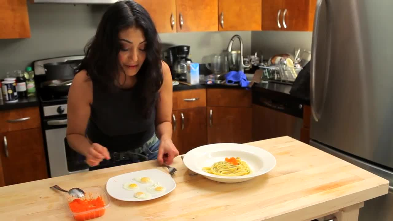 Watch free video Uni Linguine - Pasta Recipe