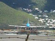 Watch free video Crazy Start of an Airplane B747 in Saint Martin