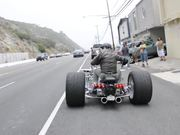 無料アニメのThe Frogman - Rocket 2 Trike - Size Does Matterを見る