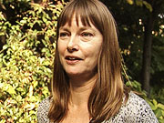 Watch free video Linda Smith talks about work with Hubble