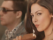 Mira dibujos animados gratis Nestle Commercial: The Hottest Ice Cream Ever