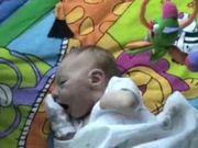 شاهد كارتون مجانا Baby Aidan on Playmat