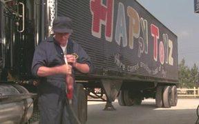 Watch free video Maximum Overdrive (1986)