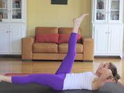 Mira dibujos animados gratis 30 Day Yoga Challenge - Day - 4