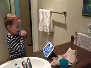 شاهد كارتون مجانا Brushing Teeth