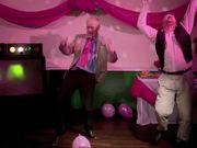 Mira dibujos animados gratis T-Mobile Commercial: Dancing Dads