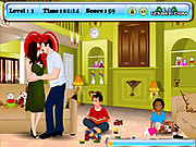 Angelina and Brad Kissing game