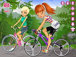 Maria and Sofia Go Biking game