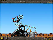 Play Hot bikes Game