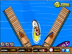 Classic Boat Parking game